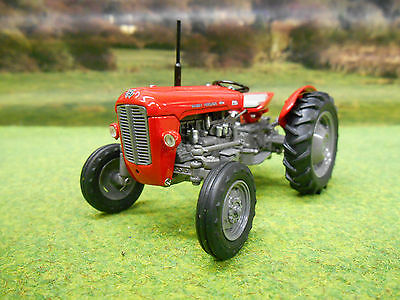 Universal Hobbies Massey Ferguson 35 1959 Tractor 1/32 4989 Boxed & New