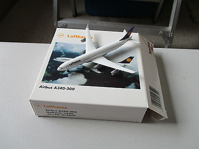 Herpa Wings  516549 Lufthansa A340 - 300 Version 1