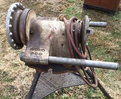 Used RIDGID Model 300 pipe Threader with tri-pod and attachments