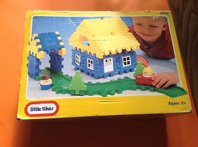 Little Tikes Were Waffle House, 29 Pcs. Only Missing Yellow Haired Girl