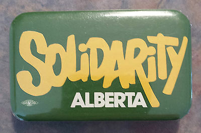 Solidarity Alberta Federation of Labour Trade Union 1980s Pinback