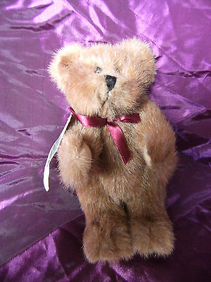 "Boyds Bear - 8"" The Archive Collection, Beautiful light Brown Bear with Tags"