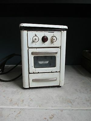 1950's GERMAN BUCH ELECTRIC GIRLS  TOY  KITCHEN STOVE METAL TIN 220 V