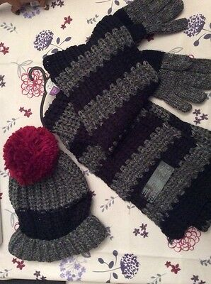 NEXT hat scarf and gloves set excellent for school age 11 to 13 winter set BNWT