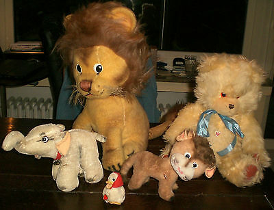 ANIMALS WITH HEART LOT of 5 OLD