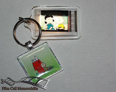 Peanuts (Snoopy and Gang) - 35mm Film Cell Movie KeyRing and Pendant Keyfob Gift