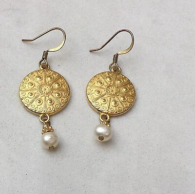 White House Pierced Earrings Cultured Pearl Gold Coin Eisenhower China Whha