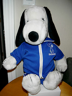 "1960's Vintage 20"" Snoopy Plush United Features + 2 Original Snoopy Outfits"
