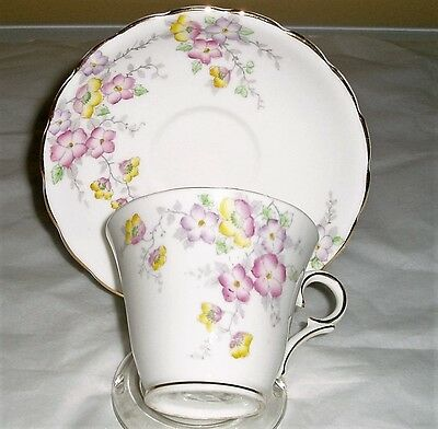 Vintage Colclough fine china teacup and saucer floral