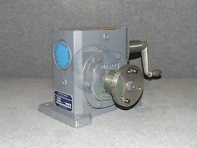 Boston Gear 726-60-G 700 Series .910 HP 60:1 Right Angle Worm Gear Speed Reducer