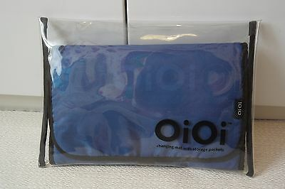 OiOi Compact Baby changing mat with storage pockets