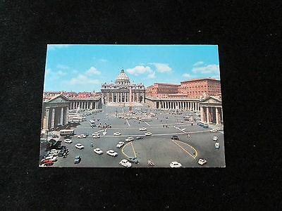 Italy (Square & Church of St. Peter )  Postcard      Rome
