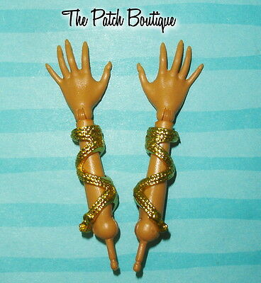 Monster High Clawdeen Wolf 13 Wishes Doll Replacement Left Or Right Hand Arm