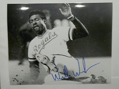 Willie Wilson Kansas City Royals signed 8x10 photo with COA