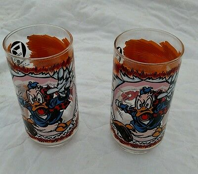 Two (2) Vintage 1977 Howard The Duck 7-11 Collectible Glasses