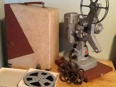 1958 Keystone K109S Movie Projector With Case And Film Splicer