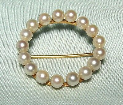 "14K Yellow Gold and Pearl Circle Pin 4.0 grams 1 1/8"" diameter"