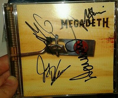 Megadeth Risk CD signed by Full Band Dave Mustaine, Ellefson, Friedman, DeGrasso