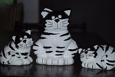 Vintage Napkin Holder and Salt/Pepper Shakers Set. Black & White Cats.