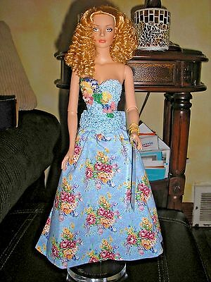 "Tonner Tyler Wentworth Satin Sydney 16"" w/ Original Outfit, Box & Dress LE 1000"