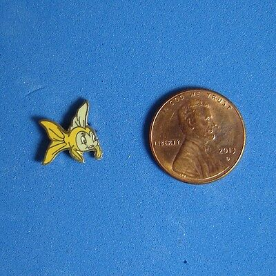 Cleo from Pinocchio Map Disney Pin GWP DLR Disneyland Fish