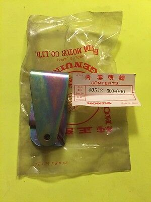 GENUINE Honda NOS 40512-300-000 Chain Case Bracket CB500 CB550 CB750