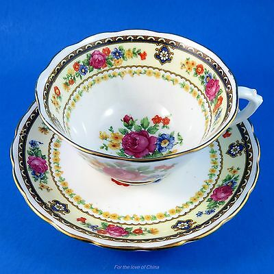 Beautiful Floral Garland Bouquet New Chelsea Tea Cup and Saucer Set