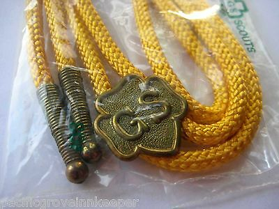 Girl Scout 1950s-1980s YELLOW BOLO CAMP TIE Western Cord Slide NEW Special Gift!