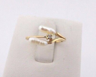 14k Yellow Gold Pearl and Genuine Diamond Accent Ring Size 6
