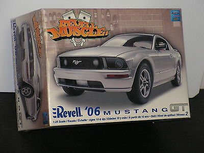 Revell #85-2839 1/25 06 Mustang  500 From The Revell Muscle Series  Open/si