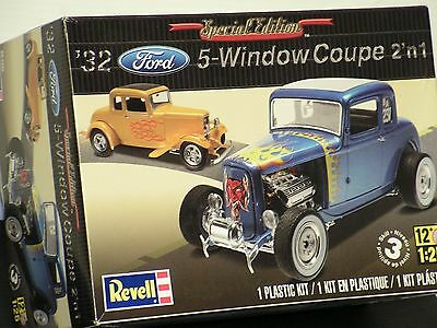 REVELL #85-4228 1/25 1932 FORD 5 WINDOW COUPE 2'n1 OPEN/FSI