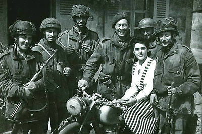Ww2-Reprint Photo-Battle Of Normandy-Gi With A French Girl