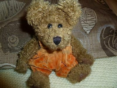 Vintage 1985-99 6 Inch Poseable Boyds Bear