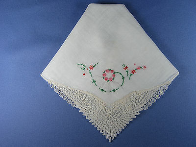Vintage Handkerchief ~ HANKIE ~ Intricate Lace Corner, Embroidery Floral