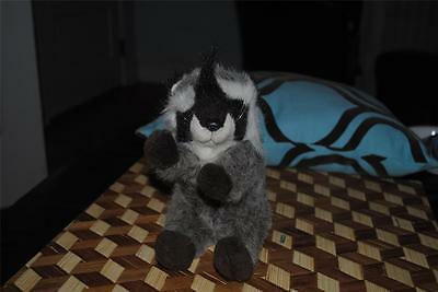 "LA-Z-BOY Raccoon Plush Stuffed Animal Vintage 1991 RARE 9"" CUTE"