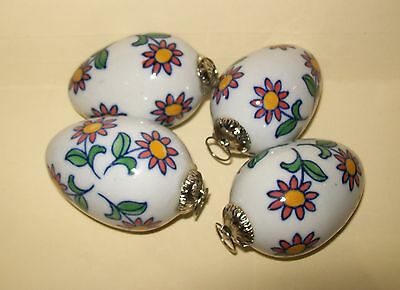 4 x INDIVIDUALLY CRAFTED CERAMIC HANGING EGG ORNAMENTS 6cm