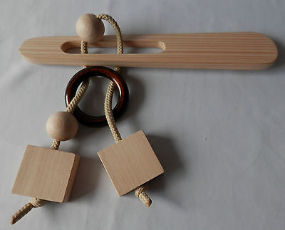 Holz-Geduldspiel / Puzzle *** Stab/Ring/Quadrate/Kugeln