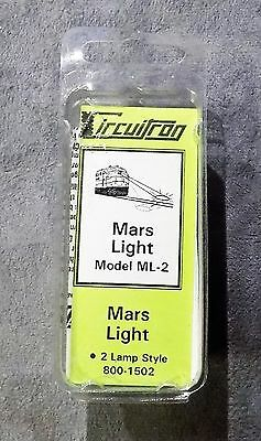 Circuitron Mars Light Model ML-2 2 Lamp Style 800-1502 NIP
