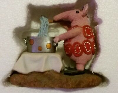 Clangers Robert Harrop CL02 Mother Clanger Figurine Boxed