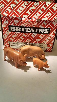 Britains Assorted Pigs 1971