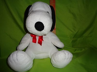 PEANUTS GANG LARGE SNOOPY WITH RED BOW plush stuffed animal toy doll