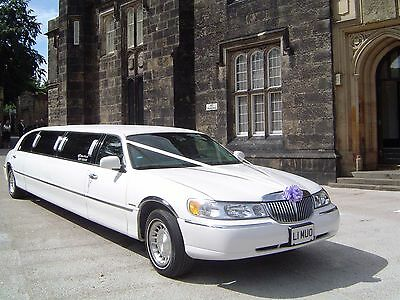 Wedding car hire White Lincoln Limo Upto 8 Passengers