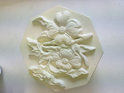 Pretty Hexagonal Box Flower Design Bisque for Painting.