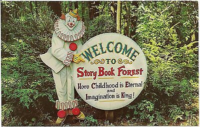 Welcome Clown at Story Book Forest on Route 30 Near Ligonier PA Postcard