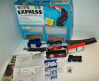 Vintage Toys R Us EXPRESS Ho Scale Electric Train Set, with box, WORKS!