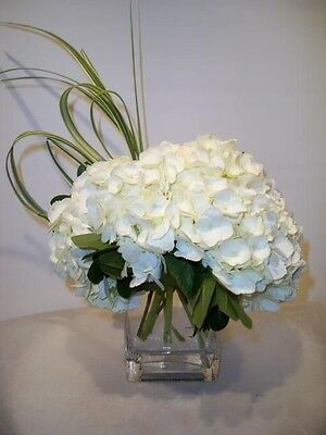 Artificial Wedding Flower Table Arrangement White Hydrangeas In Vase With Resin