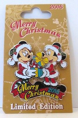 Disney 2016 Christmas Day Mickey & Minnie Merry Christmas Limited Edition Pin