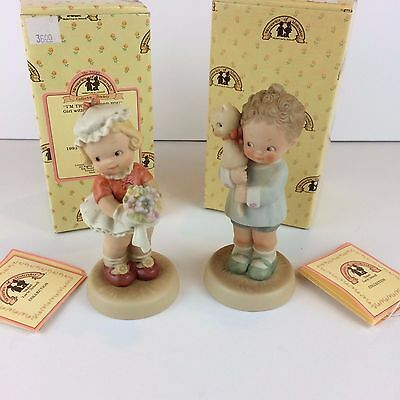2 Memories of Yesterday Figurines-Girl w/ bouquet and Girl w/ cat - NIB