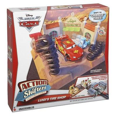Mattel BDF78 Disney Cars Action Shifters Luigis Reifenshop + Guido Gabelstapler