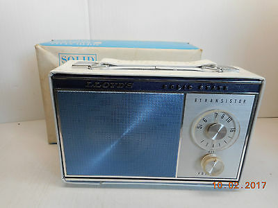 1960's Vintage Lloyd's Portable Transistor Am Radio White 7S43A Works!